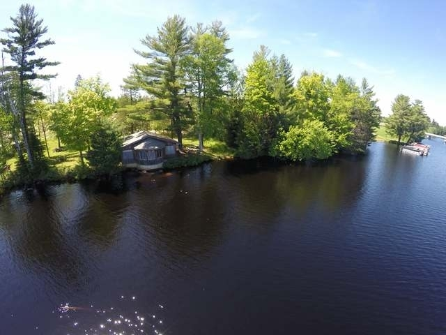 841 Northernaire Dr, Three Lakes, WI 54562