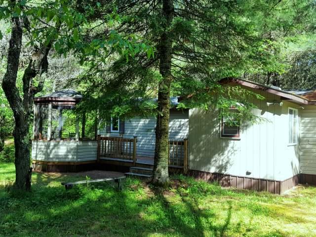 6300 Boygan Lake Rd, Land O Lakes, WI 54540