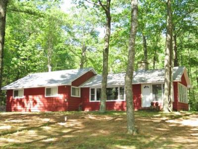 Photo of 943 Leatzow Rd, Three Lakes, WI 54562