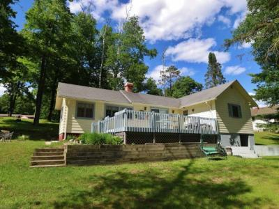Photo of 4489 Chain O Lakes Rd, Eagle River, WI 54521
