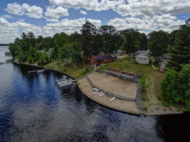 1914 Summer Breeze Ln #5, Tomahawk, WI 54487