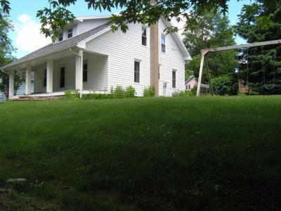 Photo of 113 Johnson St, Rhinelander, WI 54501