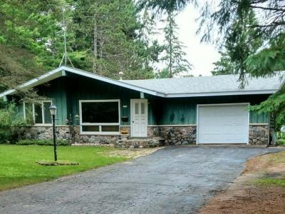 Photo of 1220 5th Ave, Woodruff, WI 54568