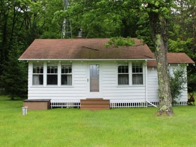 Photo of 1989 Smittys Ln, Eagle River, WI 54521