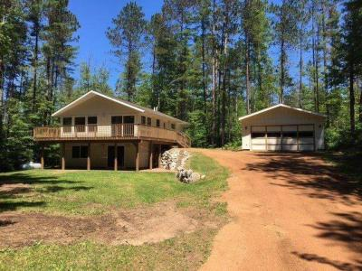 Photo of 8916 Longhouse Ct, Minocqua, WI 54548