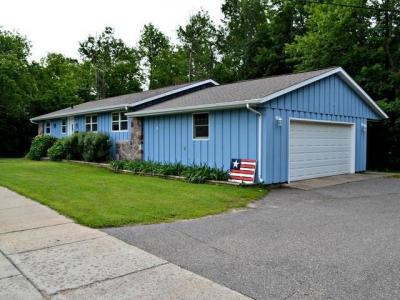 Photo of 26 Monico St E, Rhinelander, WI 54501
