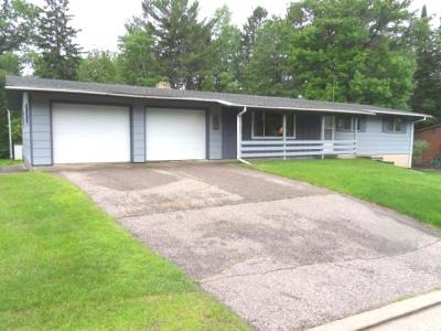 Photo of 260 Johnson St, Rhinelander, WI 54501
