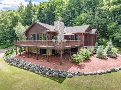 Photo of 8336 Michael Ln, Minocqua, WI 54548