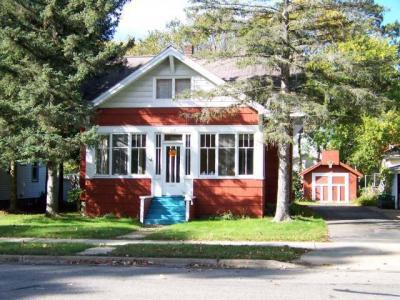 Photo of 810 Oneida Ave S, Rhinelander, WI 54501