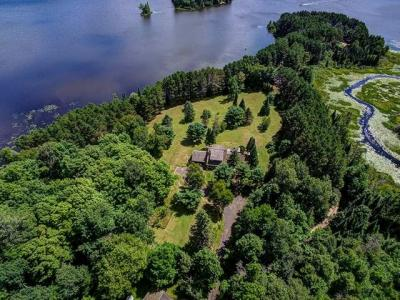 Photo of 6918 Otter Point Ln, Land O Lakes, WI 54540