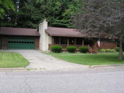 Photo of 432 Hillside Rd, Rhinelander, WI 54501