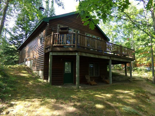 4701 Grand View Dr, Eagle River, WI 54521
