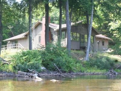 Photo of 11534 Mars Point Dr, Presque Isle, WI 54557