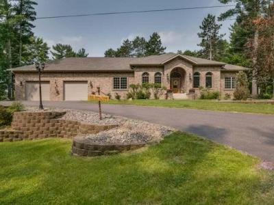 Photo of 1035 Mckinley Blv, Eagle River, WI 54521