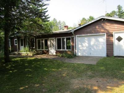Photo of 8121 Peters Rd, Eagle River, WI 54562