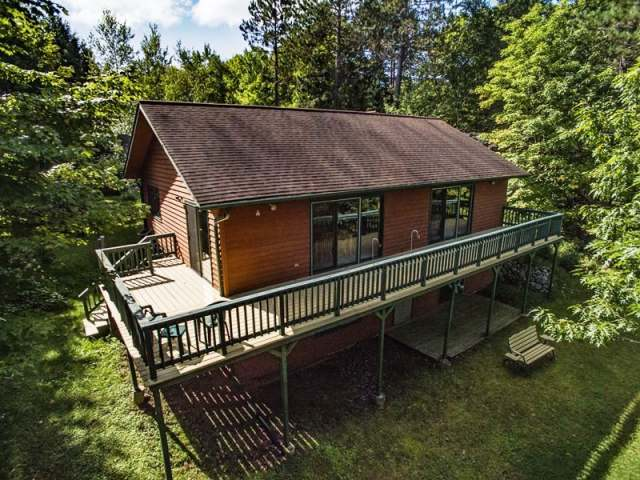 14014 Adelaide Dr, Winchester, WI 54557