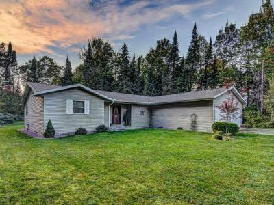 Photo of 2351 Hunter Ln, Eagle River, WI 54521