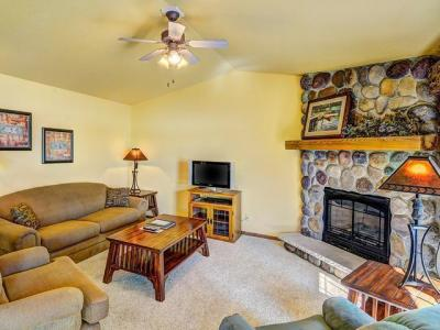 Photo of 4443 Chain O Lakes Rd #215, Eagle River, WI 54521