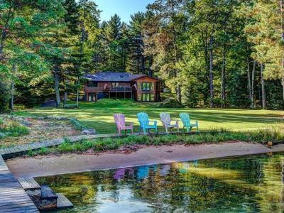 Photo of 3754 Hemlock Ln, Eagle River, WI 54521