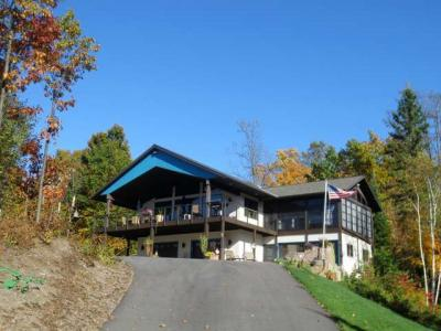 Photo of W1326 Overlook Dr, Tomahawk, WI 54435