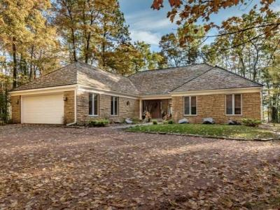 Photo of 9287 Timberline Dr, Minocqua, WI 54548