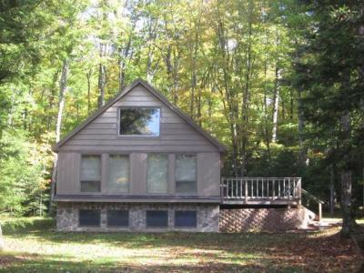 Photo of 2086 Maple Ln, Eagle River, WI 54521
