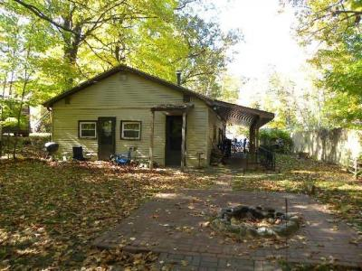 Photo of 416 Manitowish St, Minocqua, WI 54548