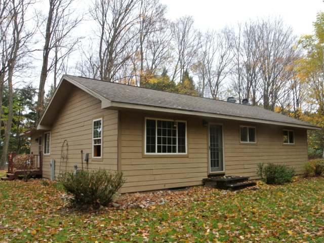 1650 Superior St, Three Lakes, WI 54562