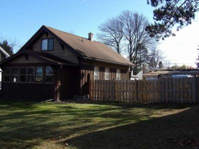 Photo of 609 Pelican St, Rhinelander, WI 54501