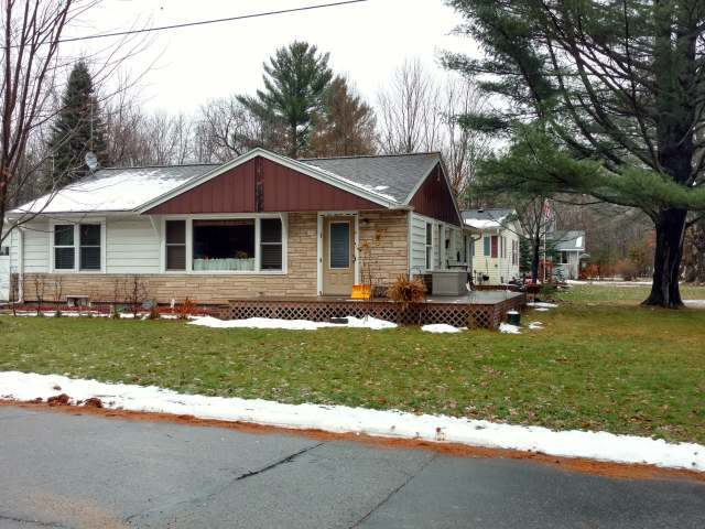 6960 Forest St, Three Lakes, WI 54562