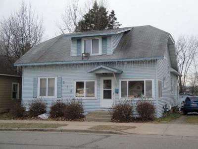 Photo of 614 Keenan St S, Rhinelander, WI 54501