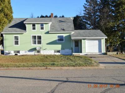 Photo of 706 Stevens St, Rhinelander, WI 54501
