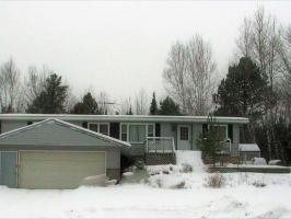 4875 Spafford Rd, Rhinelander, WI 54501