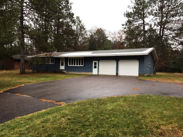 8971 Mobile Dr, Woodruff, WI 54568