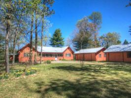 1636 Lighthouse Lodge Rd, Eagle River, WI 54521