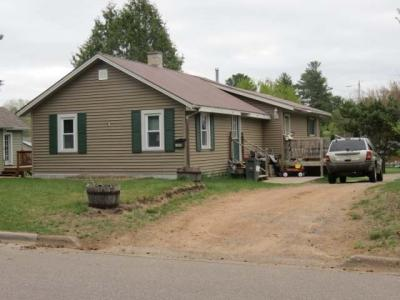 Photo of 1418 Glenwood Ave, Rhinelander, WI 54501