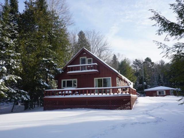 1487 Silver Lake Rd, Eagle River, WI 54521