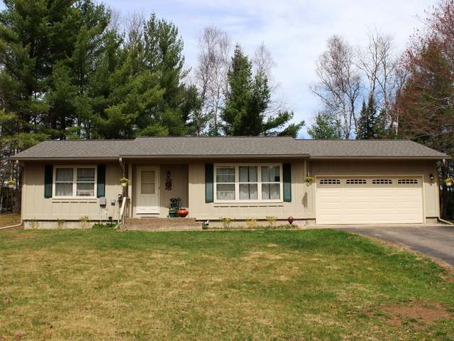 1927 Blueberry Ln, Eagle River, WI 54521
