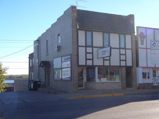 225 Lake Ave, Phillips, WI 54555