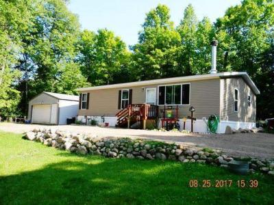 Photo of 14019 Adelaide Dr, Winchester, WI 54557