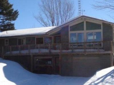 Photo of 609 Bond St N, Eagle River, WI 54521