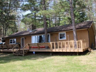 Photo of 1076 Held Ln, Eagle River, WI 54521