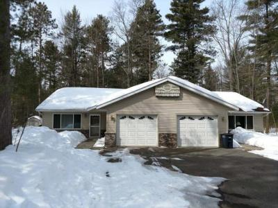 Photo of 939 Rolling Ridge Rd, Eagle River, WI 54521