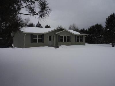 Photo of 8305 Oneida Farms Rd, Eagle River, WI 54521