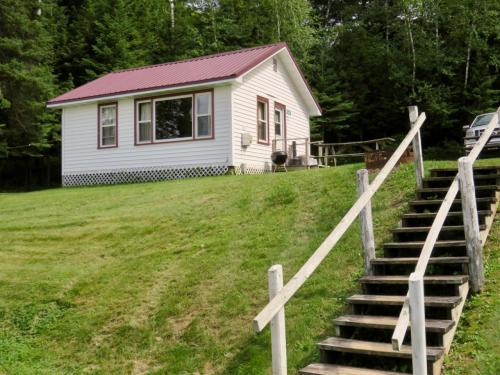 Phelps On-Water Homes and Cottages for Sale