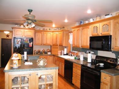 10 Tompkins Ct, Vernon Township, NJ 07461