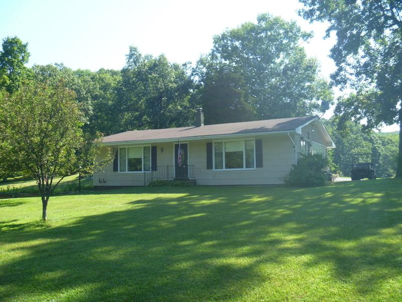 16 Delaware Rd, Knowlton Twp.,  07832