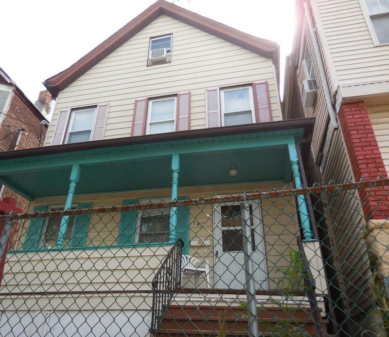 149 Burgess Pl, Passaic City, NJ 07055