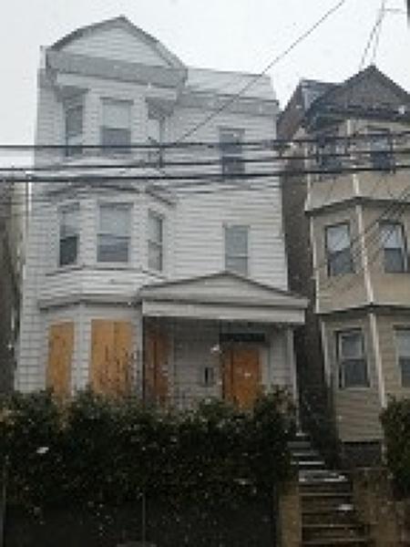 147 Ridgewood Ave, Newark City, NJ 07108