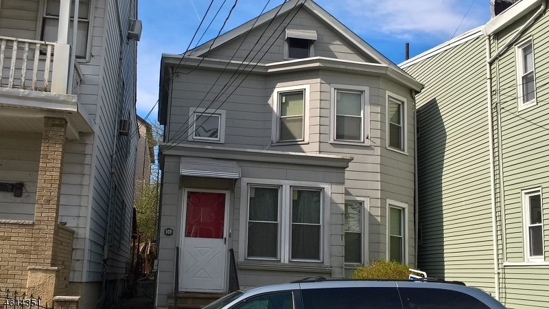 109 Redwood Ave, Paterson City,  07522